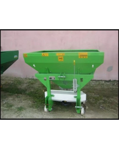 Fertilizator 600 L